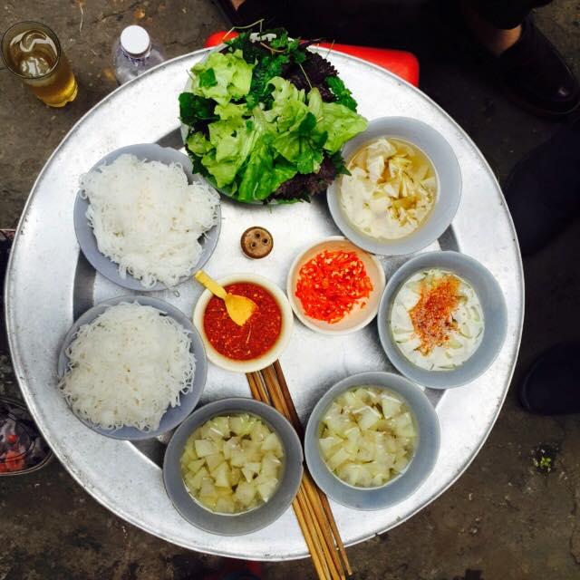 5 quán bún chả Hà Nội không có trong cẩm nang du lịch nào, nhưng bạn nhất định phải thử! - Ảnh 21.