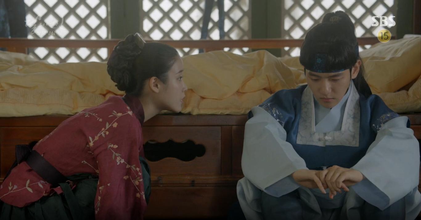 Moon Lovers: Hoàng tử Baekhyun sống chết đòi tự tử để không phải thành thân - Ảnh 9.