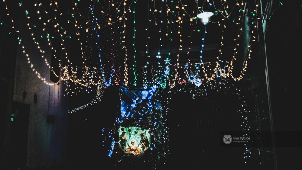 Người Sài Gòn đã tự tay trang trí Giáng sinh cho con hẻm của mình theo cách lãng mạn như thế - Ảnh 15.