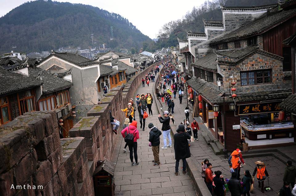 Cảnh đẹp mê mẩn của Phượng Hoàng cổ trấn sẽ khiến bạn ước ao một lần được đến - Ảnh 3.