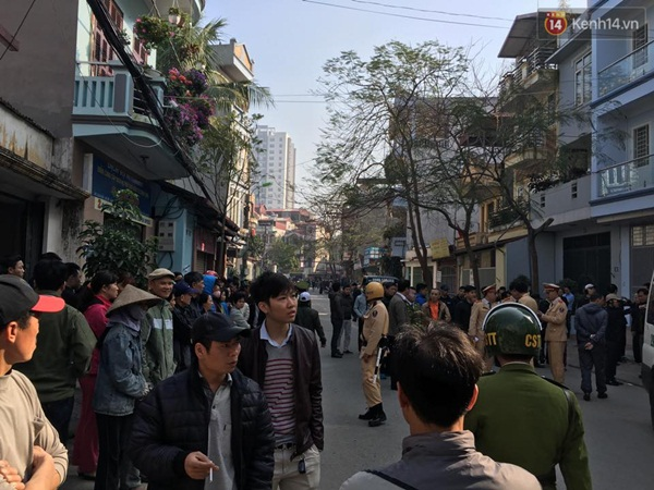 Hà Nội: Tài xế lái xe Camry gây tai nạn kinh hoàng, 3 người tử vong - Ảnh 6.