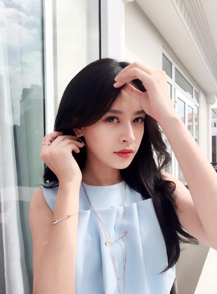Chi Pu khoe giọng đáng yêu trong clip khoe Instagram đạt mốc 1 triệu follower - Ảnh 4.