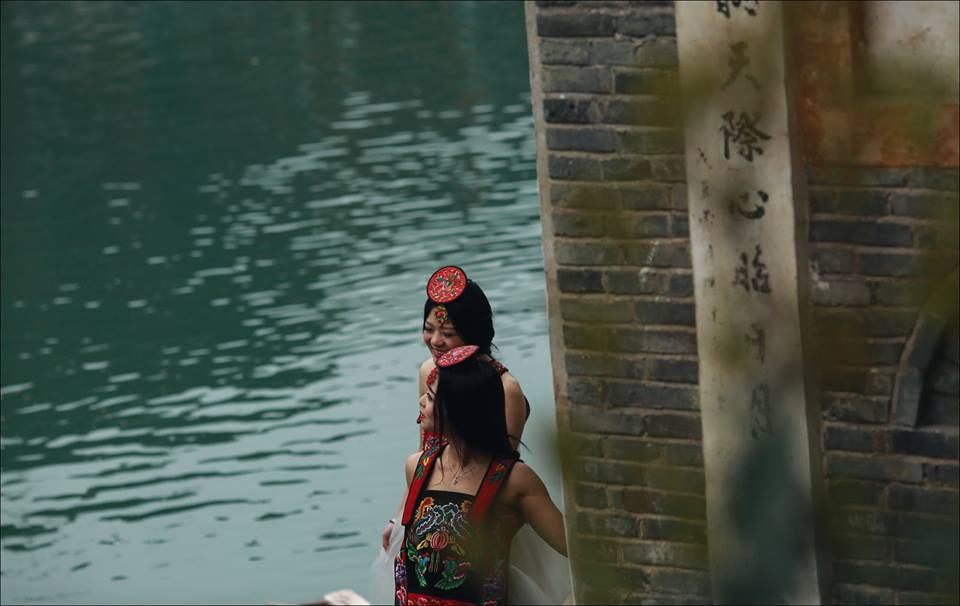 Bộ ảnh này sẽ khiến bạn quyết tâm ghé thăm Phượng hoàng cổ trấn một lần - Ảnh 18.  Phượng Hoàng Cổ Trấn Ngày Tuyết Rơi - Bộ ảnh này sẽ khiến bạn quyết tâm ghé thăm Phượng hoàng cổ trấn một lần 12814478 1134879589869716 8624000931916182175 n 1457974992825