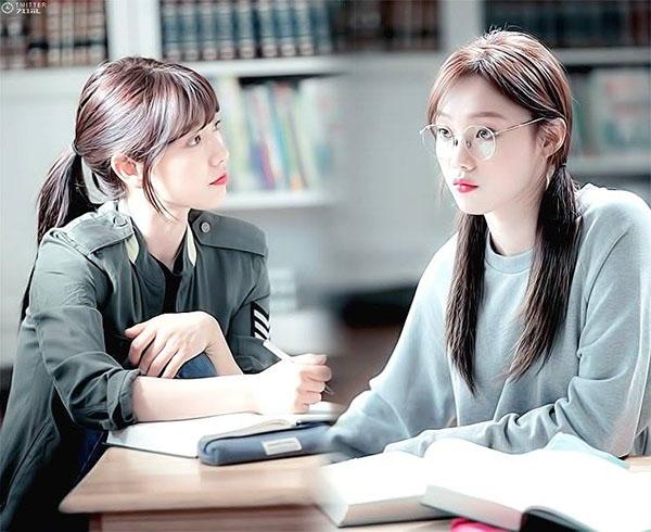 Đài SBS chơi trội, hé lộ tuổi thơ đen tối của Park Shin Hye lên mạng - Ảnh 15.