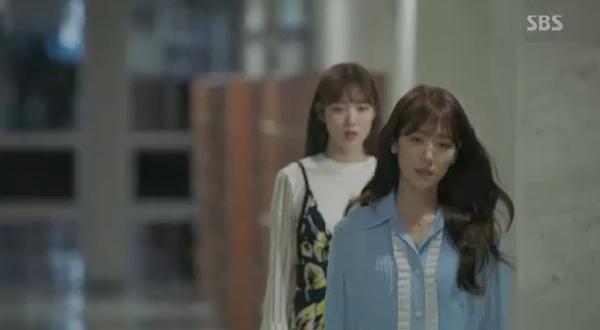 Sau Song Joong Ki, lại thêm Kim Rae Won cưa cẩm bằng trực thăng - Ảnh 14.