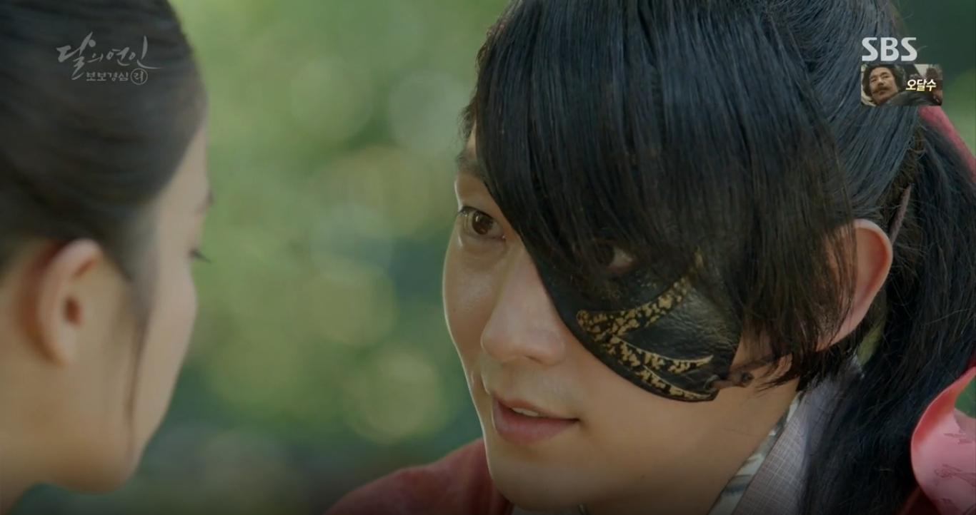 Moon Lovers: Tứ hoàng tử Lee Jun Ki chính thức hạ chiếc mặt nạ trước mặt IU - Ảnh 32.