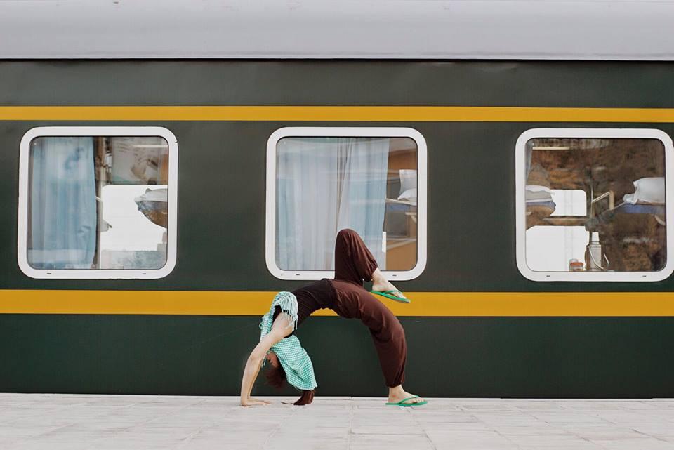 Tập Yoga tại tất cả mọi nơi mình đi qua - cô gái người Việt này đang truyền cảm hứng cho rất nhiều người! - Ảnh 8.