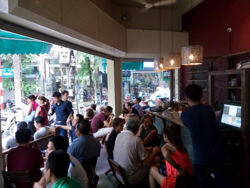 Đây chính là quán cà phê Hoàng tử William hot nhất hôm nay! - Ảnh 1.