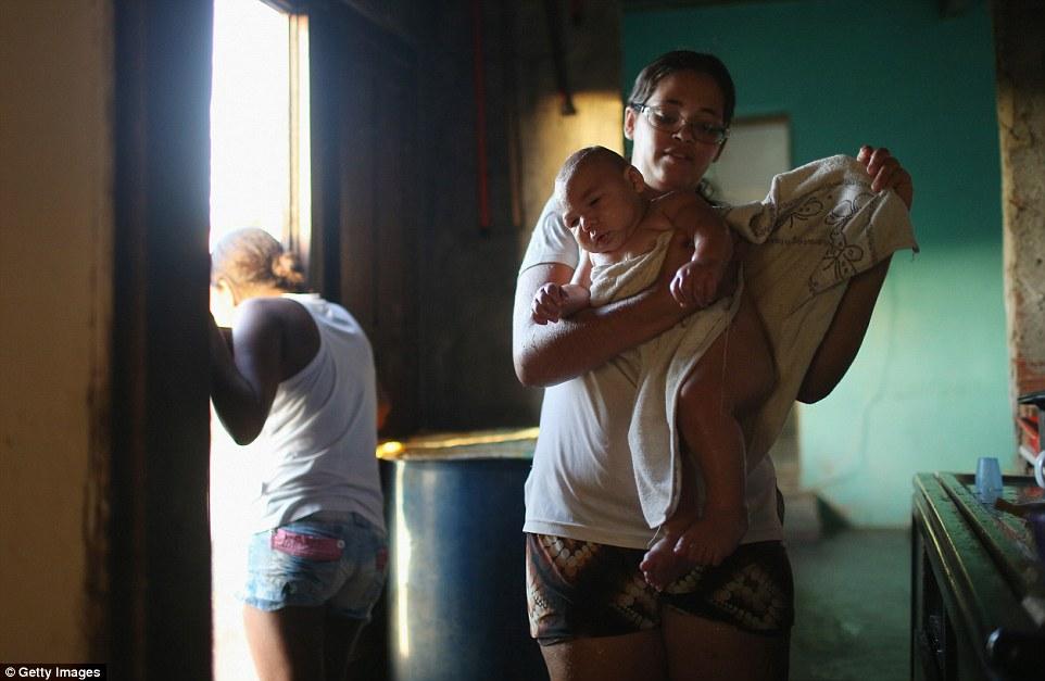 Chùm ảnh: Dịch bệnh Zika đầu nhỏ - nỗi khiếp sợ của toàn thế giới - Ảnh 21.