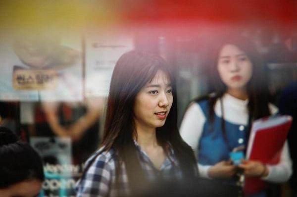 """Fan háo hức với teaser """"Doctors"""" siêu đẹp, siêu ngọt của Park Shin Hye - Ảnh 16."""