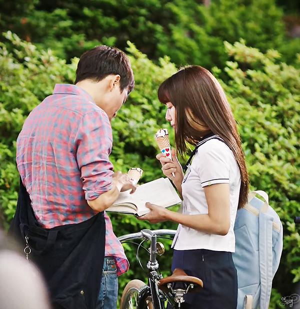 Đài SBS chơi trội, hé lộ tuổi thơ đen tối của Park Shin Hye lên mạng - Ảnh 17.