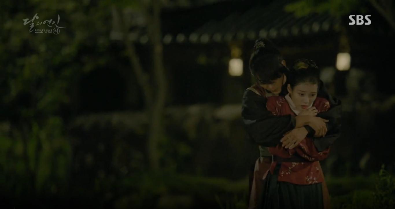Moon Lovers: Hoàng tử Baekhyun sống chết đòi tự tử để không phải thành thân - Ảnh 27.