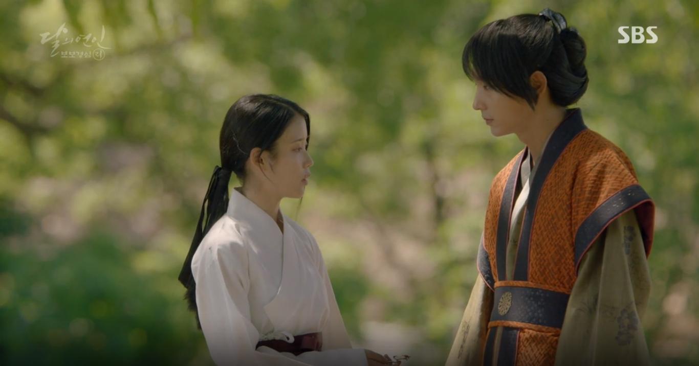 """Moon Lovers: """"Mười"""" Baekhyun suýt toi mạng dưới tay… bố vợ - Ảnh 6."""