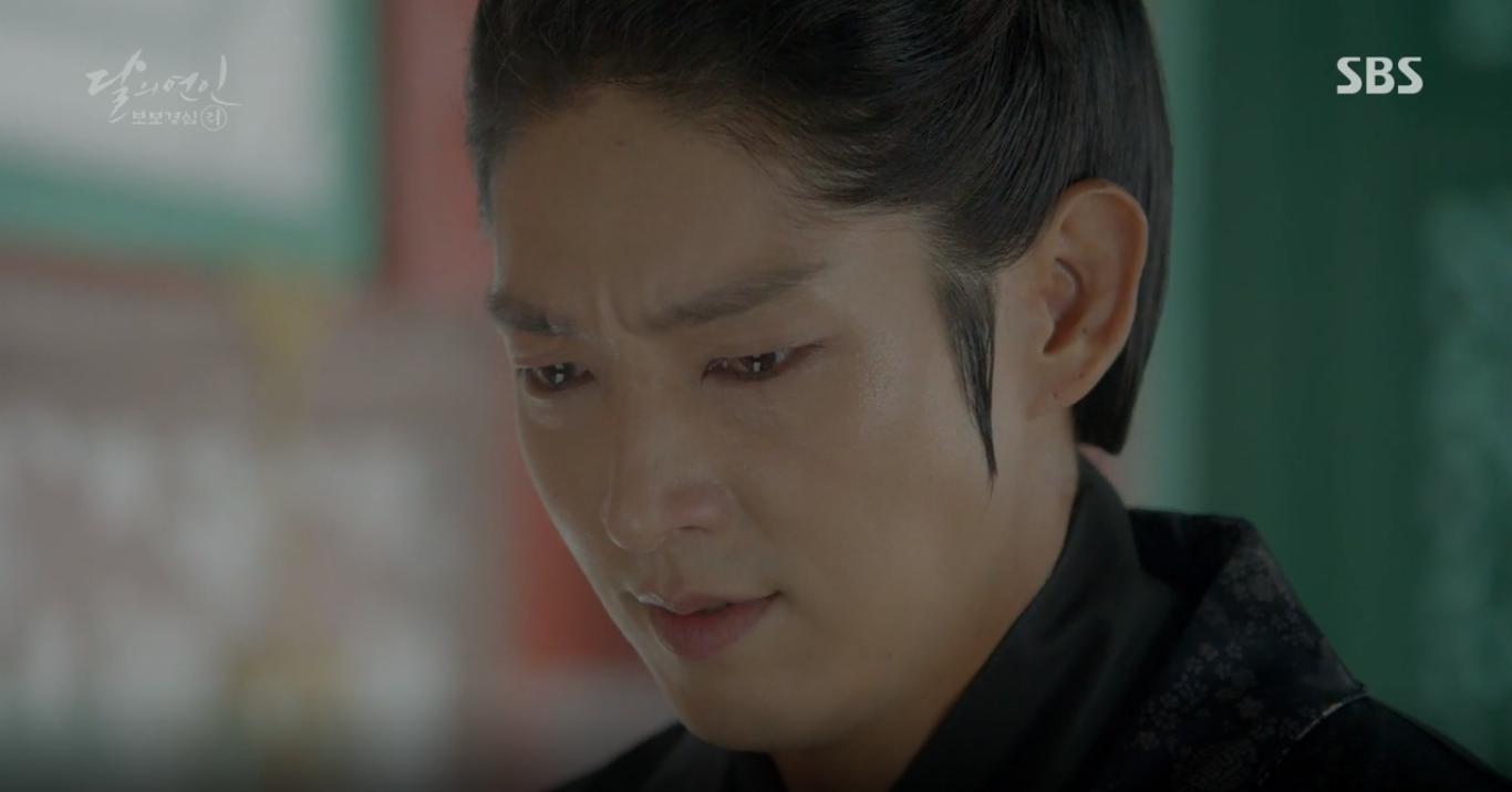 """""""Moon Lovers"""": Mặc cảm tội lỗi, Seohyun gieo mình tự vẫn - Ảnh 22."""