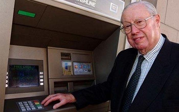 Mật khẩu ATM thường chỉ có 4 số, bạn có biết tại sao? - Ảnh 2.
