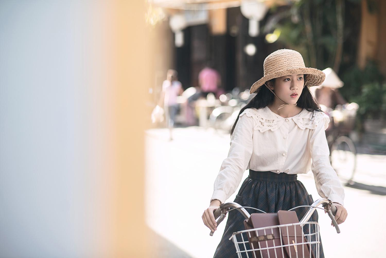 Vpop tháng 8 lại đón thêm một MV đẹp như phim điện ảnh từ Bích Phương - Ảnh 12.