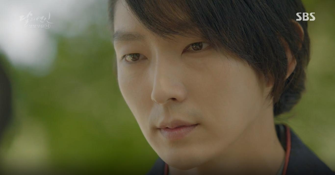 """Moon Lovers: """"Mười"""" Baekhyun suýt toi mạng dưới tay… bố vợ - Ảnh 7."""