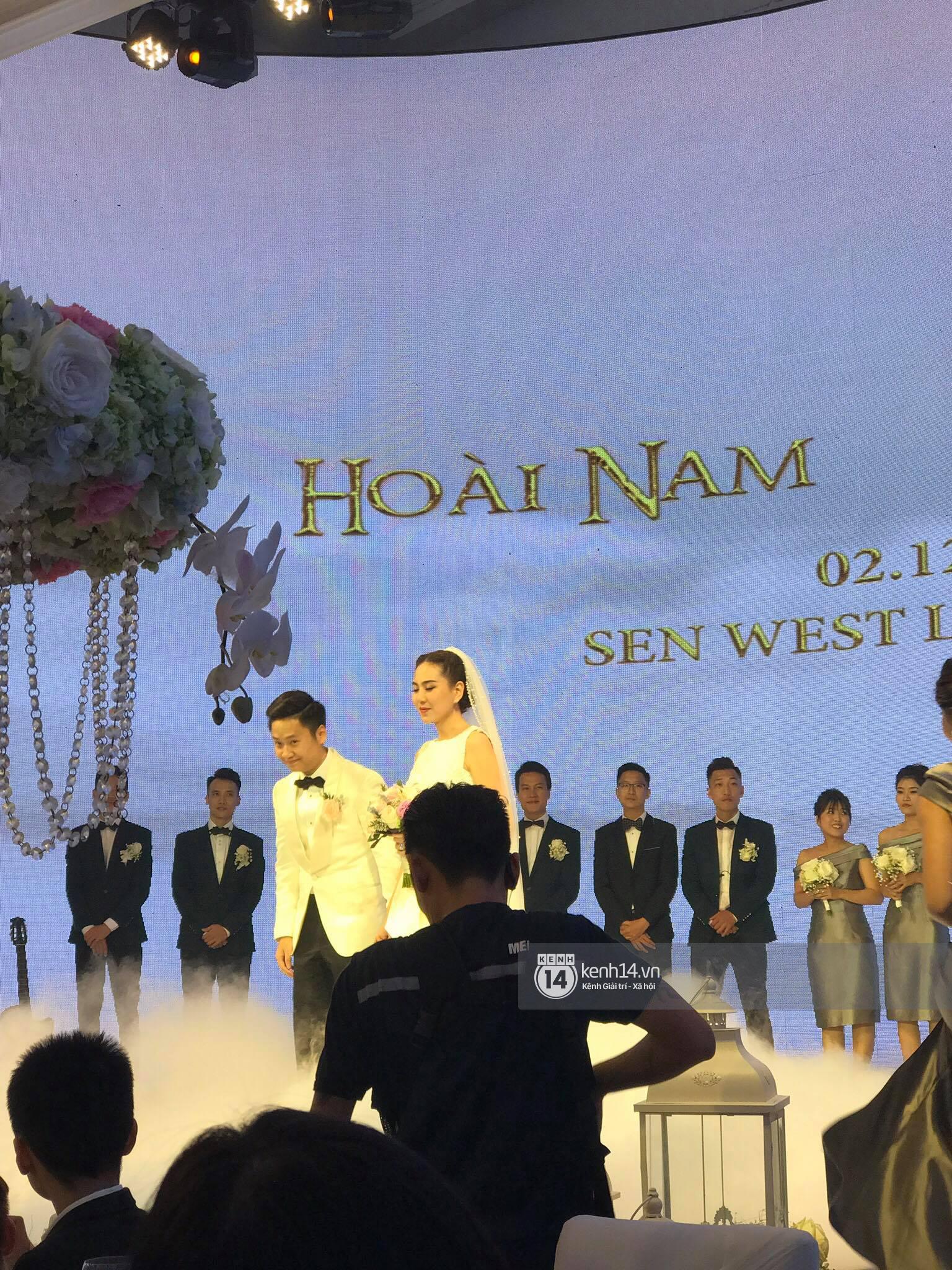 Đám cưới MC Mai Ngọc: Không gian lộng lẫy, cầu kỳ, xứng đáng là đám cưới sang chảnh nhất Hà Nội hôm nay - Ảnh 19.