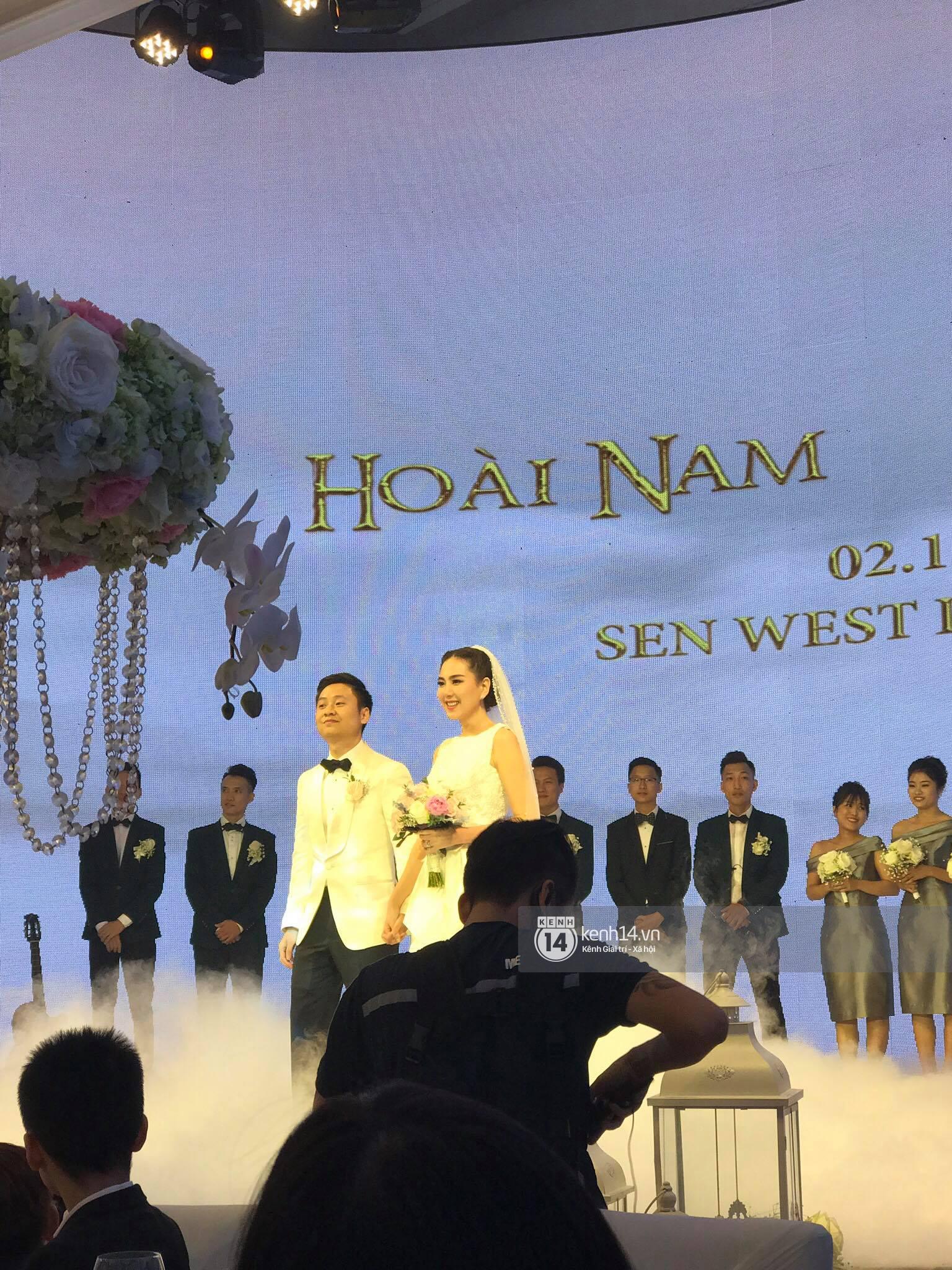 Đám cưới MC Mai Ngọc: Không gian lộng lẫy, cầu kỳ, xứng đáng là đám cưới sang chảnh nhất Hà Nội hôm nay - Ảnh 18.