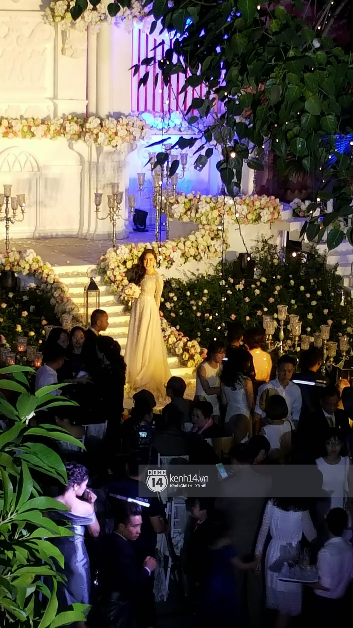 Đám cưới MC Mai Ngọc: Không gian lộng lẫy, cầu kỳ, xứng đáng là đám cưới sang chảnh nhất Hà Nội hôm nay - Ảnh 5.