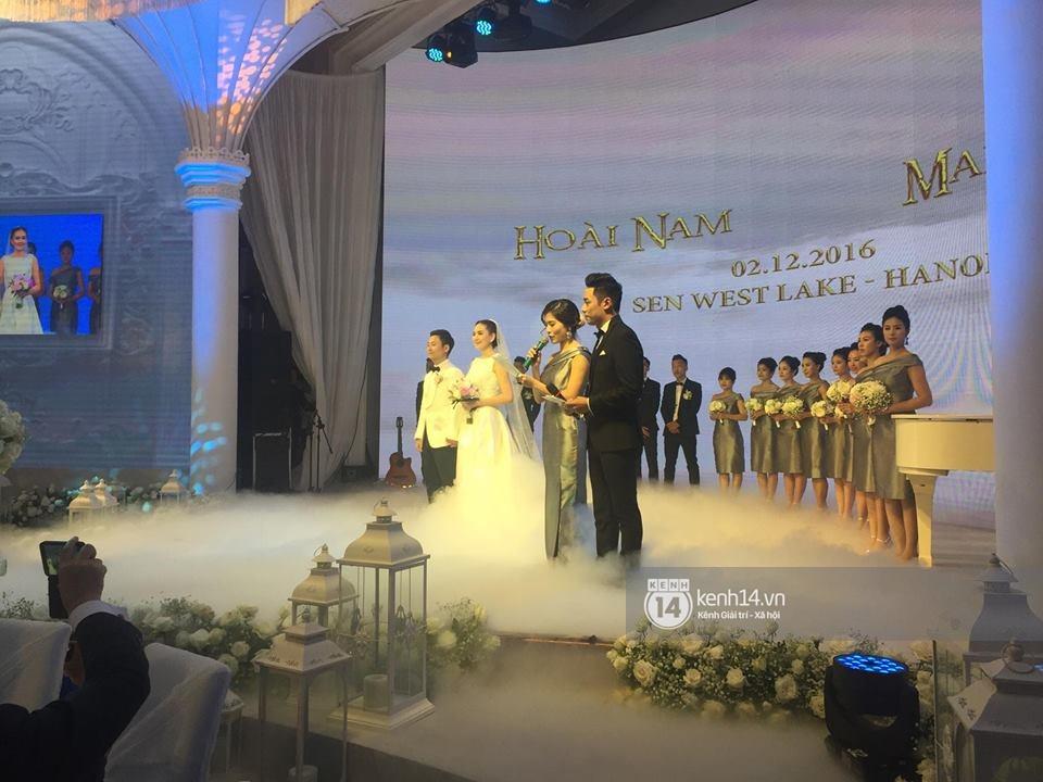 Đám cưới MC Mai Ngọc: Không gian lộng lẫy, cầu kỳ, xứng đáng là đám cưới sang chảnh nhất Hà Nội hôm nay - Ảnh 22.