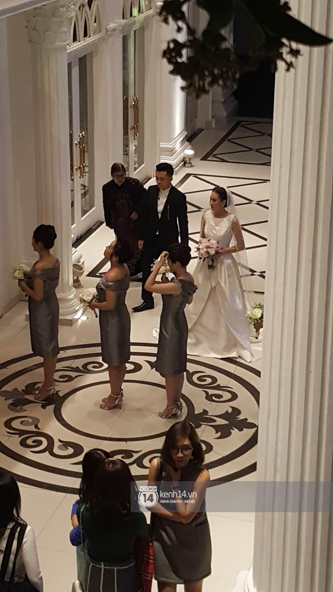 Đám cưới MC Mai Ngọc: Không gian lộng lẫy, cầu kỳ, xứng đáng là đám cưới sang chảnh nhất Hà Nội hôm nay - Ảnh 13.
