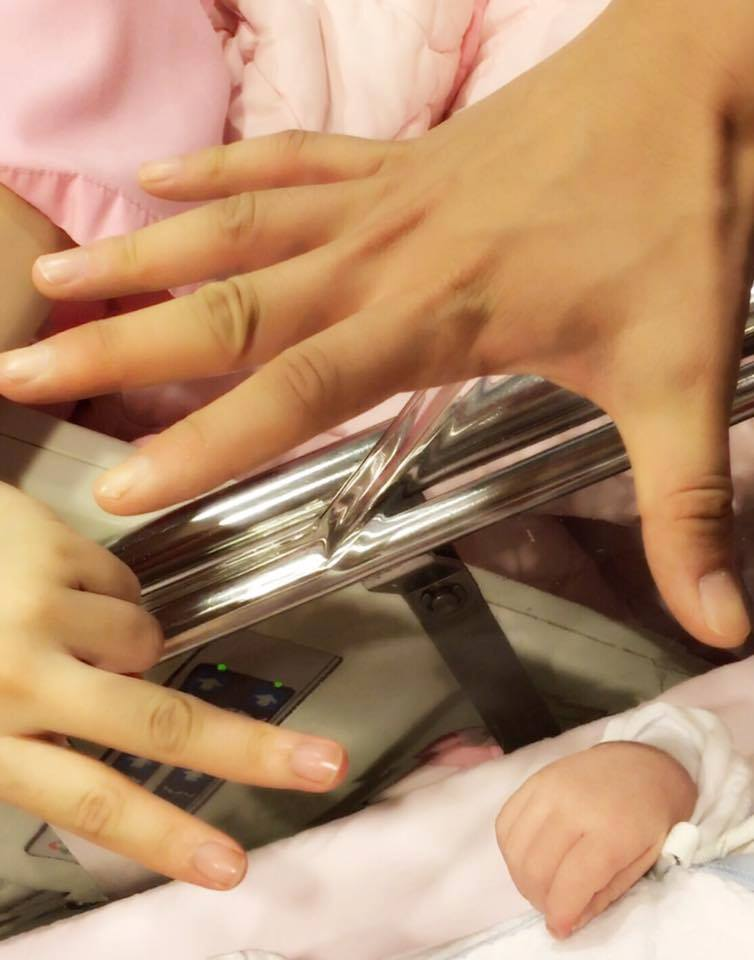 Tiểu Long Nữ Trần Nghiên Hy bất ngờ hạ sinh quý tử đầu lòng sớm trước 1 tháng - Ảnh 3.