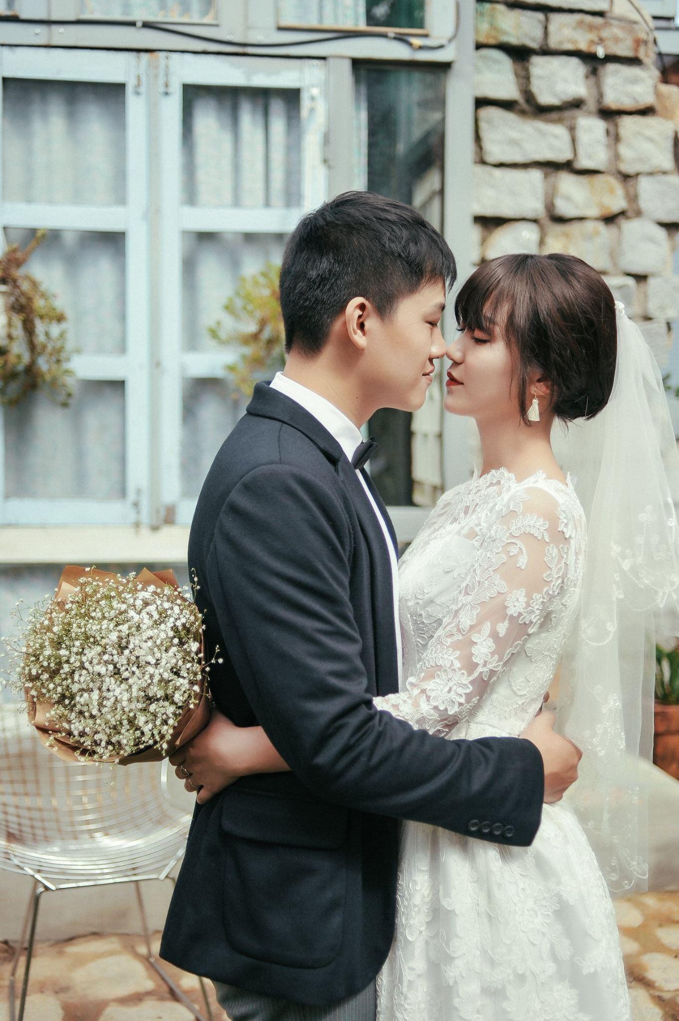 Trọn bộ ảnh cưới giản dị nhưng ngập tràn hạnh phúc của MC Trần Ngọc và 9x xinh đẹp - Ảnh 17.