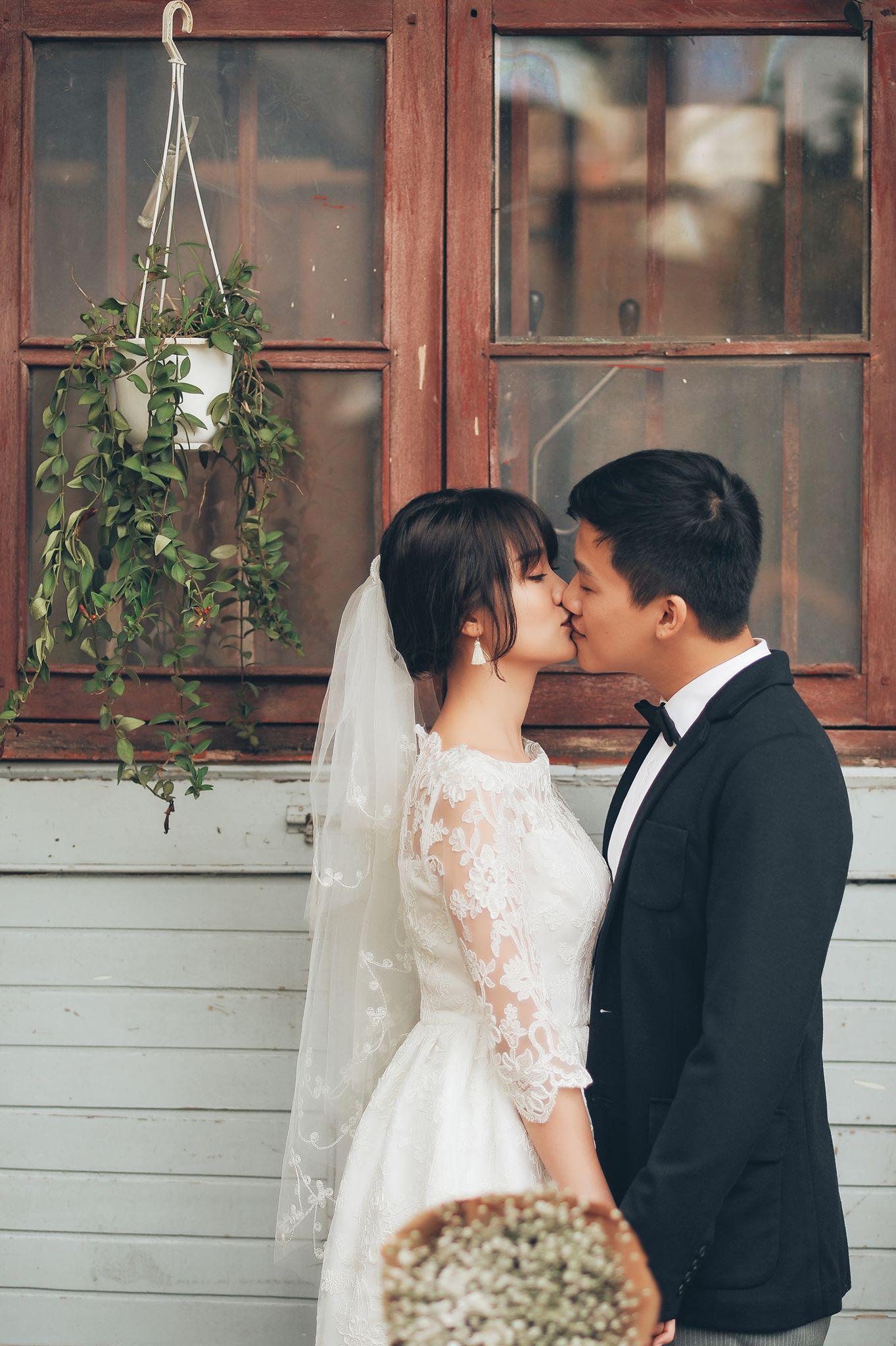 Trọn bộ ảnh cưới giản dị nhưng ngập tràn hạnh phúc của MC Trần Ngọc và 9x xinh đẹp - Ảnh 18.