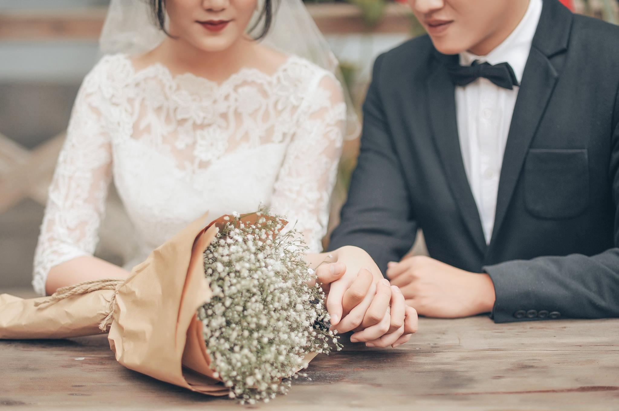 Trọn bộ ảnh cưới giản dị nhưng ngập tràn hạnh phúc của MC Trần Ngọc và 9x xinh đẹp - Ảnh 19.