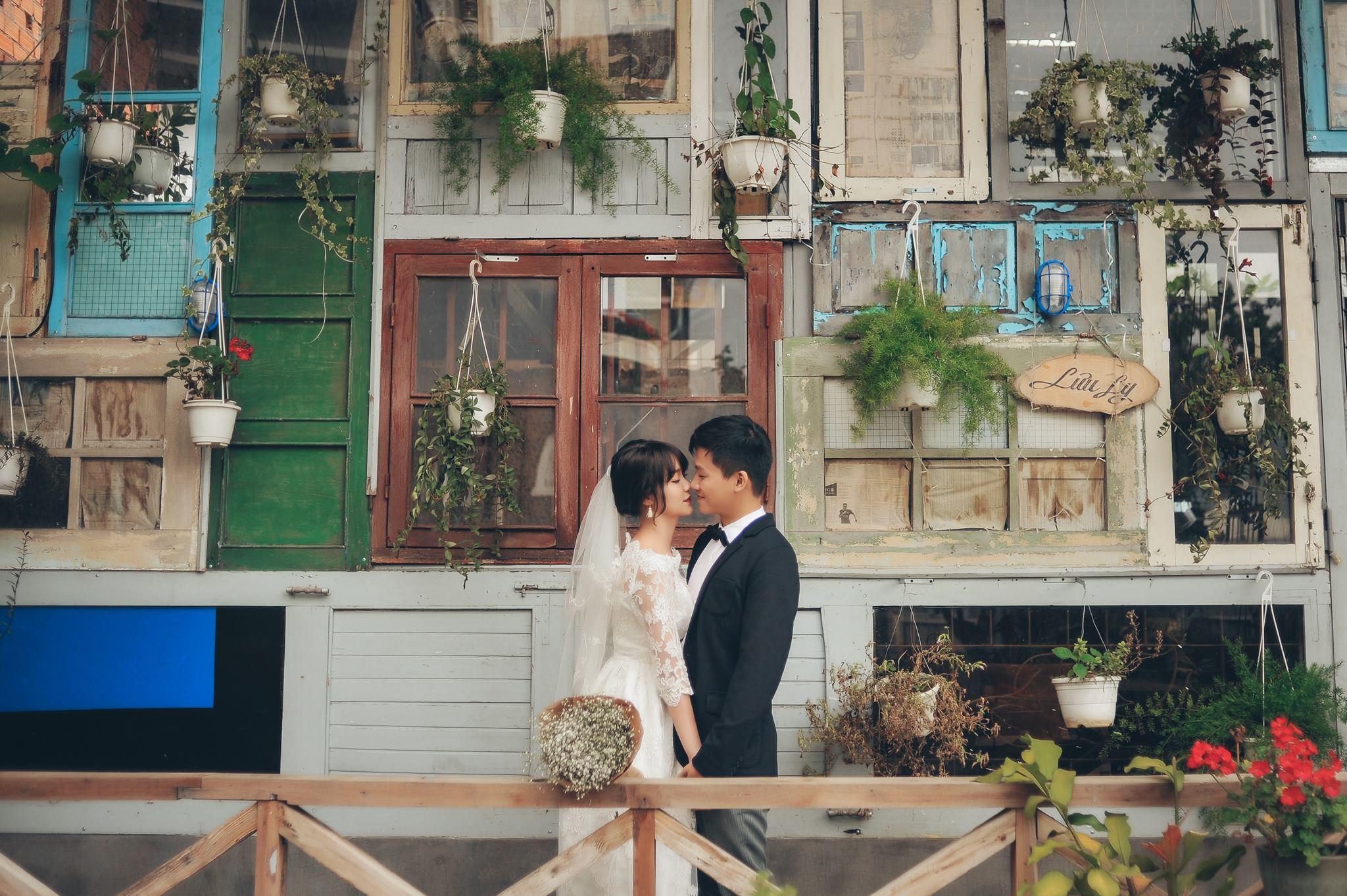 Trọn bộ ảnh cưới giản dị nhưng ngập tràn hạnh phúc của MC Trần Ngọc và 9x xinh đẹp - Ảnh 13.