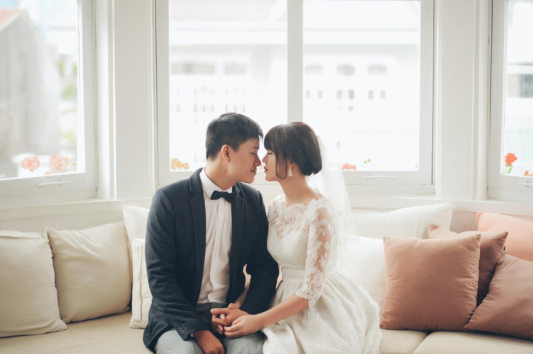 Trọn bộ ảnh cưới giản dị nhưng ngập tràn hạnh phúc của MC Trần Ngọc và 9x xinh đẹp - Ảnh 10.