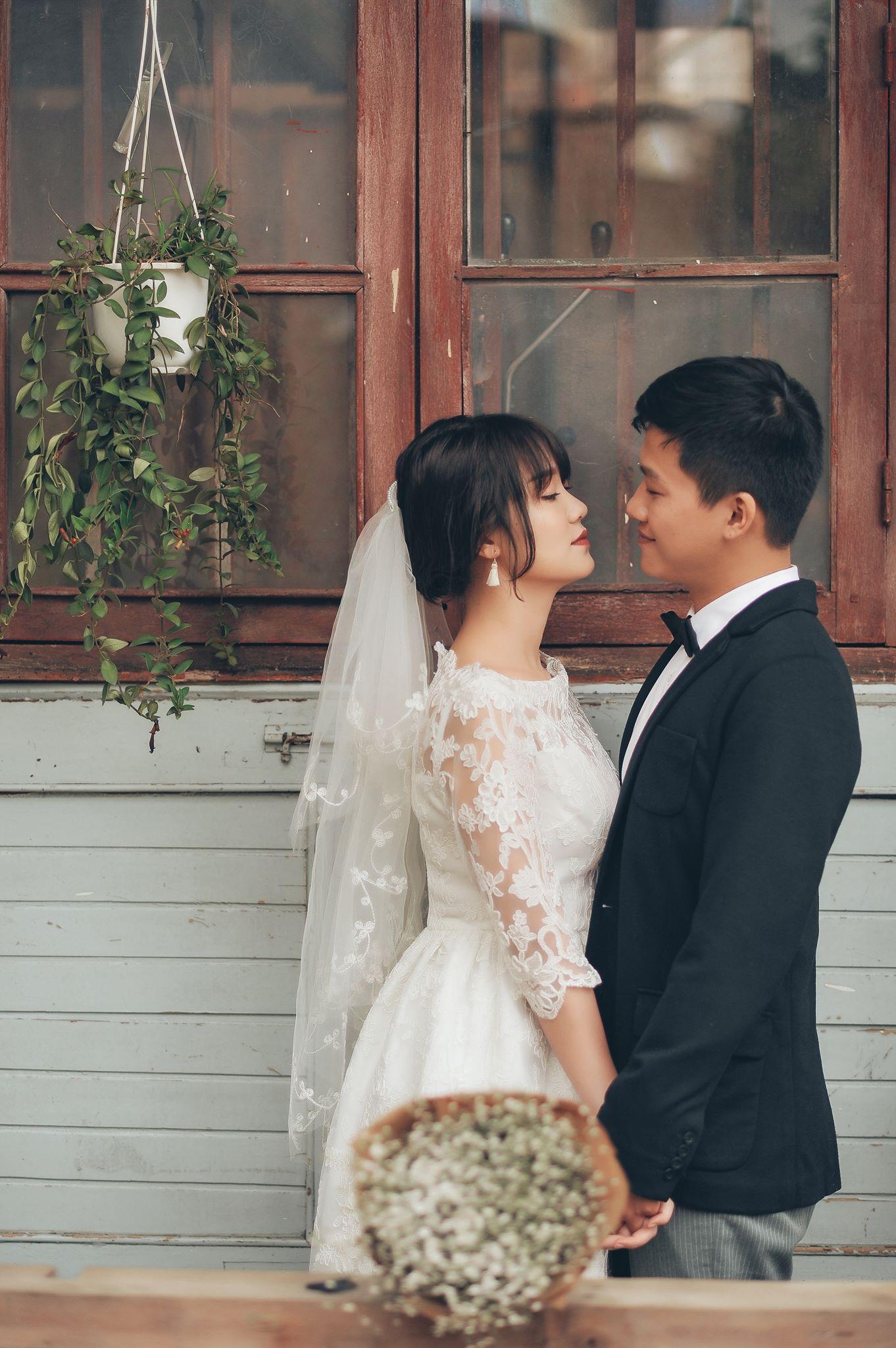 Trọn bộ ảnh cưới giản dị nhưng ngập tràn hạnh phúc của MC Trần Ngọc và 9x xinh đẹp - Ảnh 9.