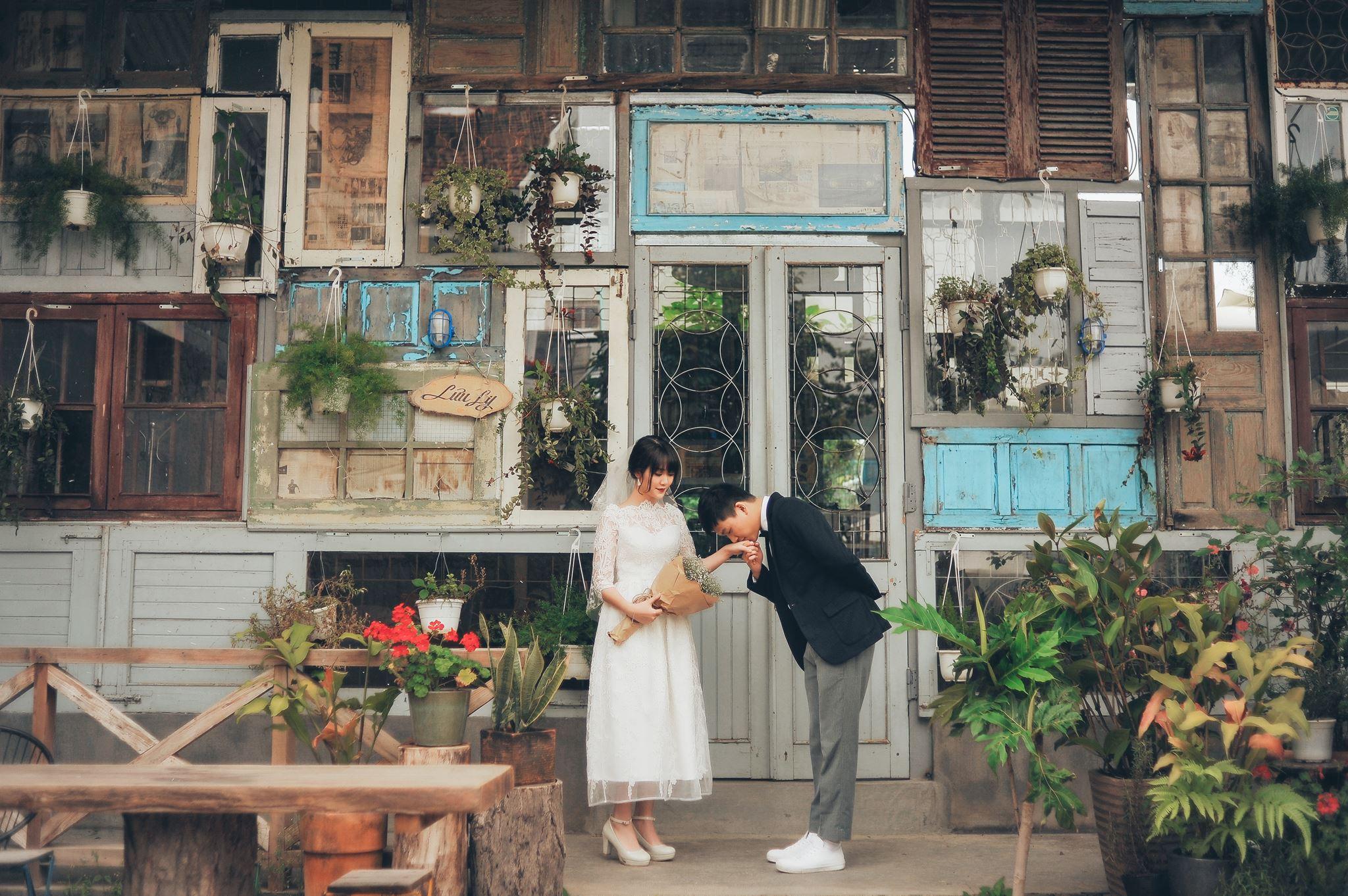 Trọn bộ ảnh cưới giản dị nhưng ngập tràn hạnh phúc của MC Trần Ngọc và 9x xinh đẹp - Ảnh 8.