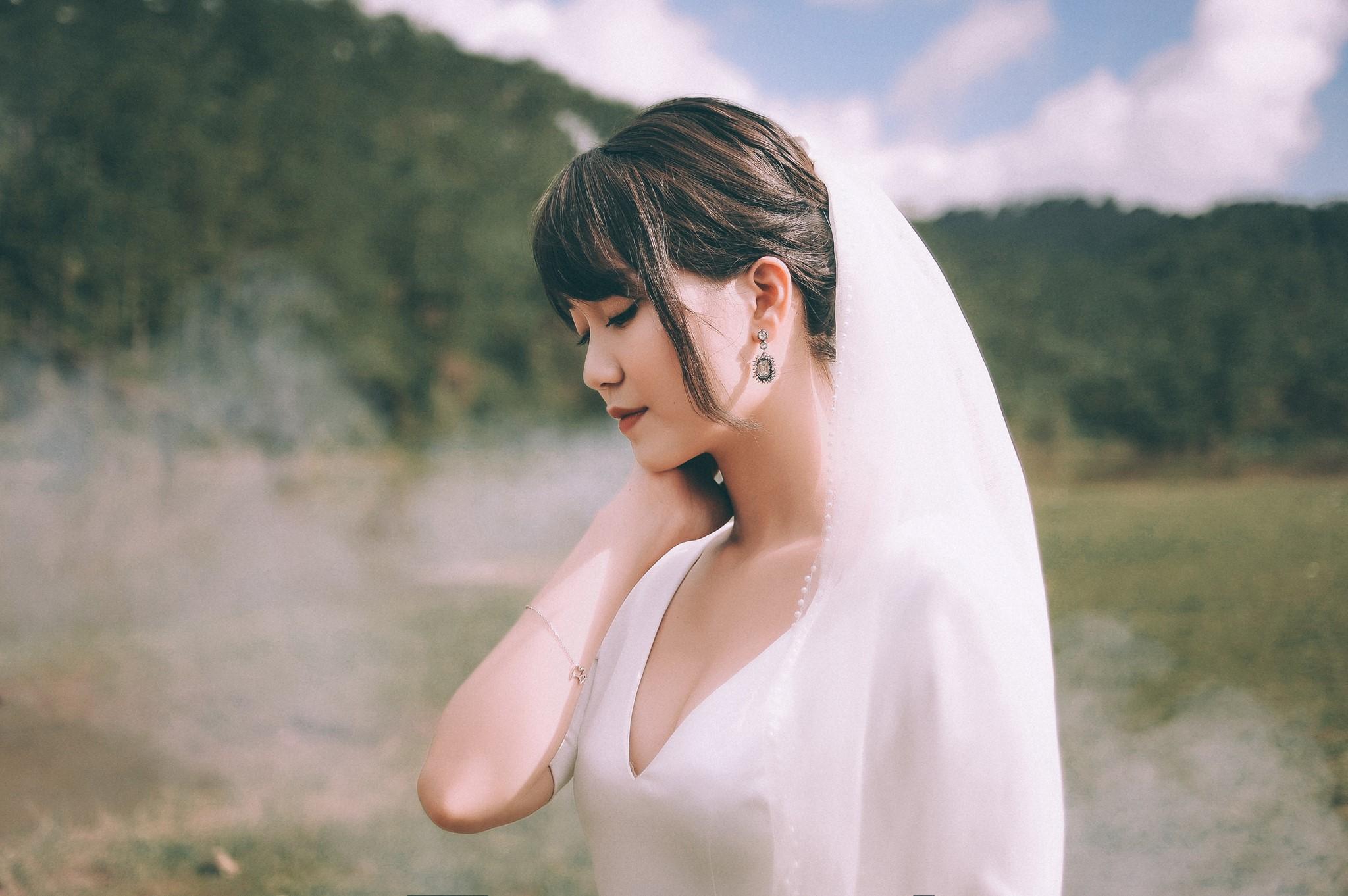 Trọn bộ ảnh cưới giản dị nhưng ngập tràn hạnh phúc của MC Trần Ngọc và 9x xinh đẹp - Ảnh 4.
