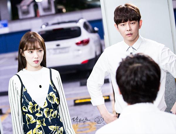 Doctors: Yoon Kyun Sang đã phá nát hình tượng nam thứ hoàn hảo trên phim Hàn! - Ảnh 18.