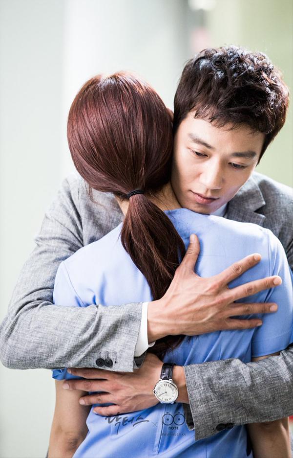 """Xem hậu trường """"Doctors"""", cứ ngỡ Kim Rae Won – Park Shin Hye yêu nhau thật rồi! - Ảnh 5."""