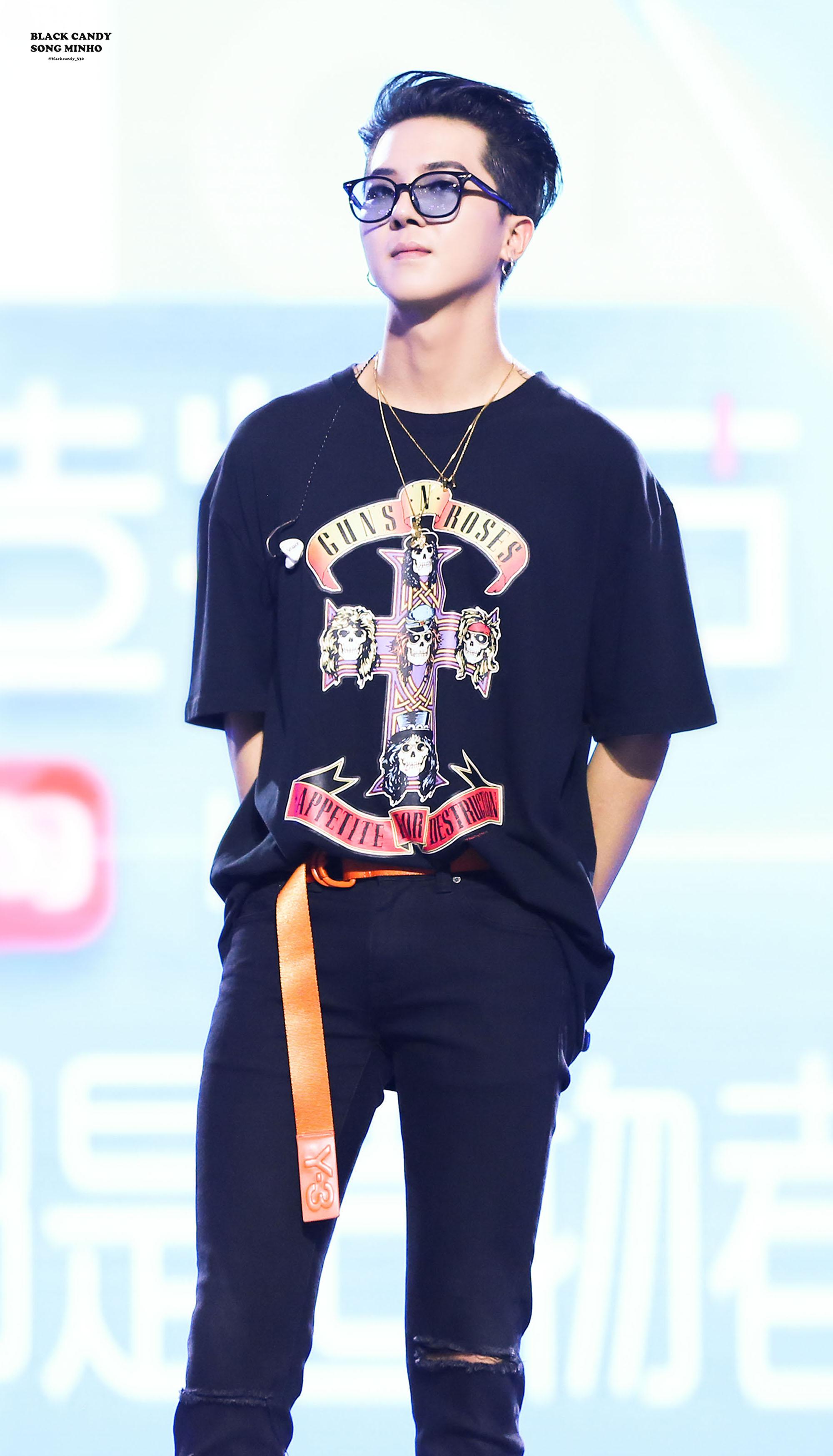 Fan bức xúc khi thành viên WINNER làm khách mời trong concert iKON - Ảnh 1
