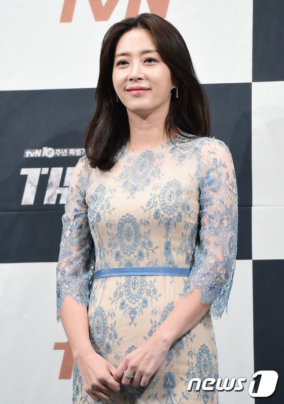"""Yoona và Ji Chang Wook trong """"The K2"""" thân thiết dự họp báo 12"""