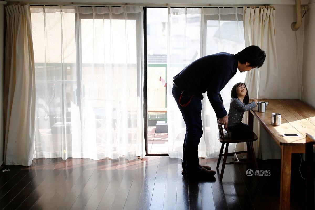 Lối sống tối giản của giới trẻ Nhật: Gia sản chỉ có 3 cái áo, 4 cái quần và 4 đôi tất - Ảnh 19.