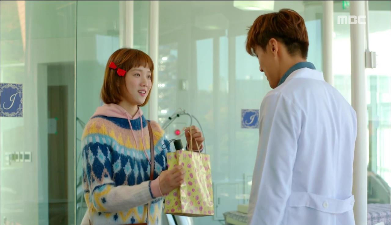 Tiên Nữ Cử Tạ: Cứ skin-ship thế này, Nam Joo Hyuk sẽ sớm phát ghen vì Sung Kyung! - Ảnh 20.