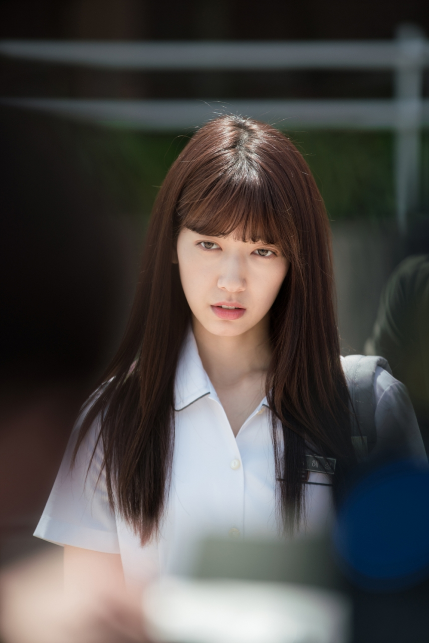 """Park Shin Hye """"hổ báo"""" bẻ tay, tung cước trong teaser mới của """"Doctors"""" - Ảnh 20."""