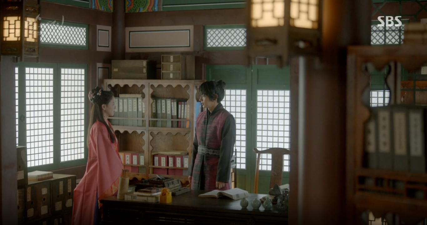 """Moon Lovers: """"Mười"""" Baekhyun suýt toi mạng dưới tay… bố vợ - Ảnh 26."""