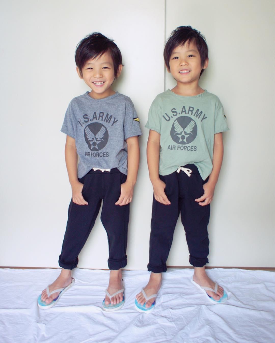 Hai anh em sinh đôi chỉ mới 5 tuổi này đang làm mưa làm gió Instagram