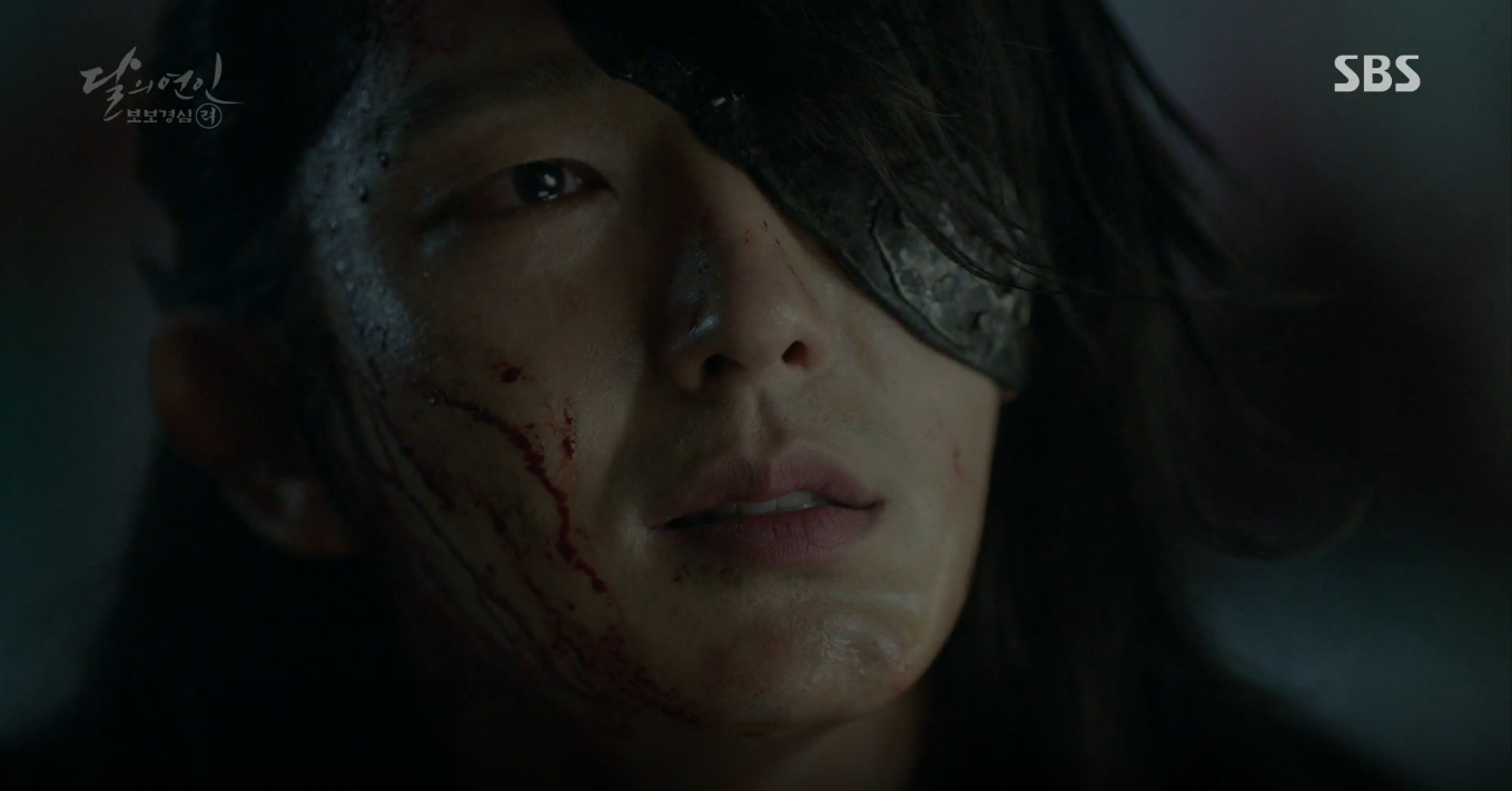 Moon Lovers: Tứ hoàng tử Lee Jun Ki thêm một lần xuất hiện kịp thời giải cứu IU - Ảnh 28.