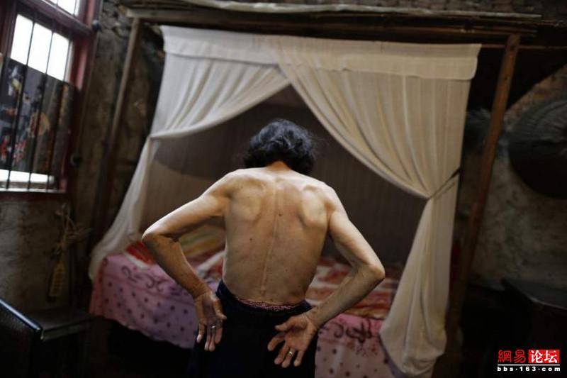 Khung cảnh hoang tàn ở ngôi làng ung thư nổi tiếng Trung Quốc khiến nhiều người không khỏi rùng mình - Ảnh 6.