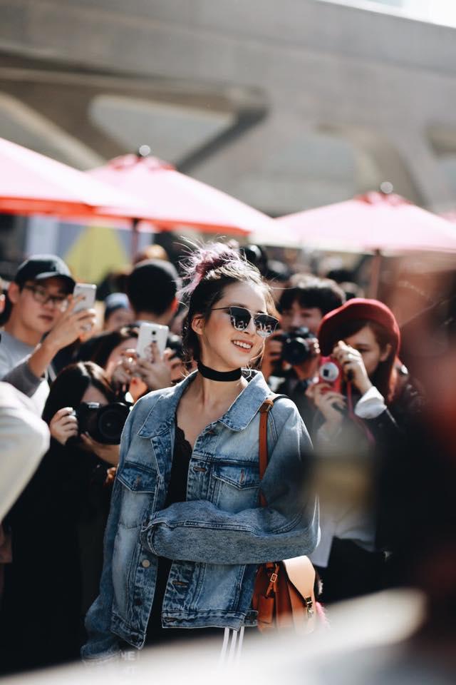 Châu Bùi & Cao Minh Thắng ton-sur-ton, Min diện quần một mất một còn tại Seoul Fashion Week ngày 3 - Ảnh 8.