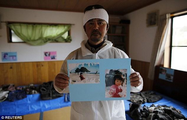 5 năm sau thảm họa Fukushima Nhật Bản, người cha vẫn mòn mỏi đi tìm xác con - Ảnh 2.