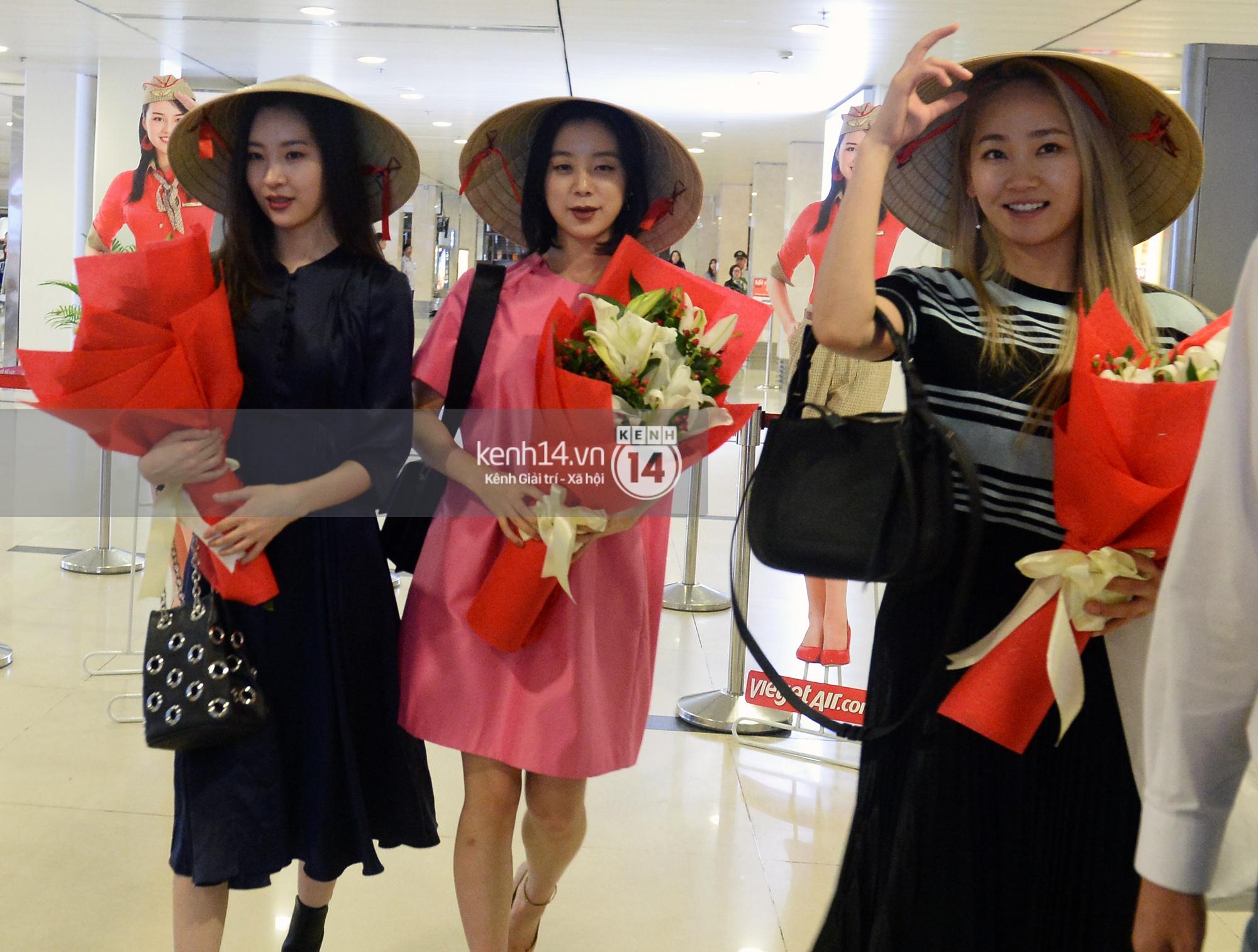 Wonder Girls bay từ Hàn Quốc sang Hà Nội rồi mới vào TP.HCM - Ảnh 4.