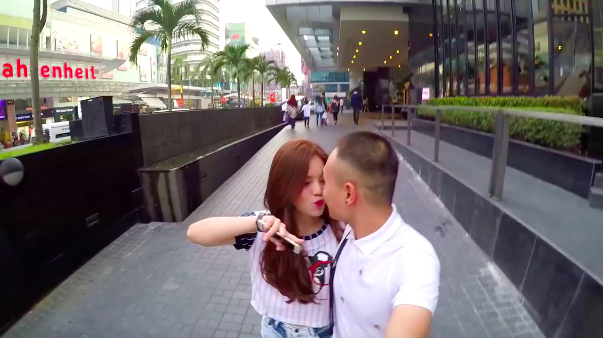 Clip du lịch hạnh phúc tuyệt đối của cặp đôi 10 tháng liên tiếp nắm tay